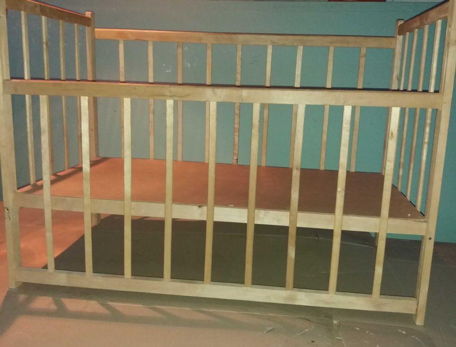 Продам  кроватку детскую. Деревянную. Глеваха - изображение 1