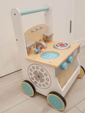 Drewniana kuchnia - wózek