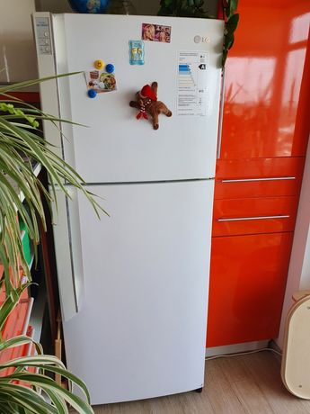 Продам холодильник no frost