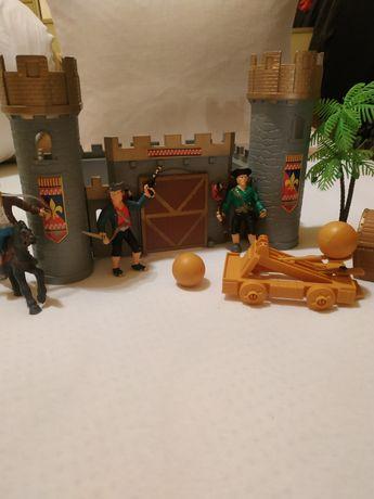 Іграшка фортеця з піратами