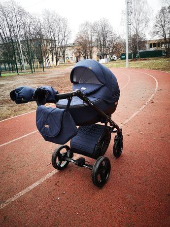 Продаю коляску 2 в 1 Baby Pram