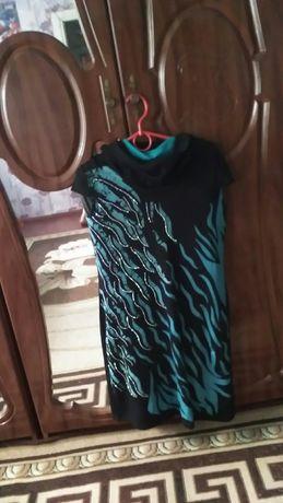 Продам 3 женских платья