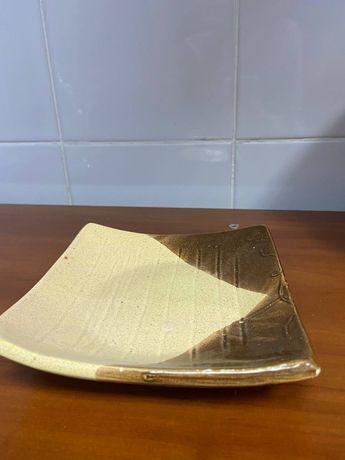 Тарелка керамическая квадратная (под чуку)
