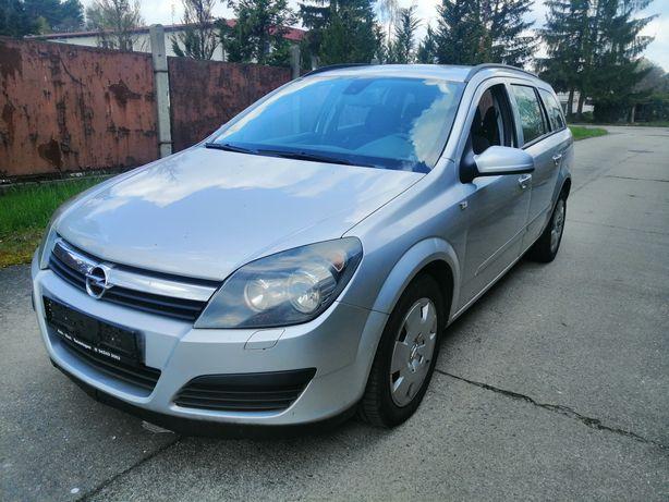 Opel Astra H 1.9 cdti 100km