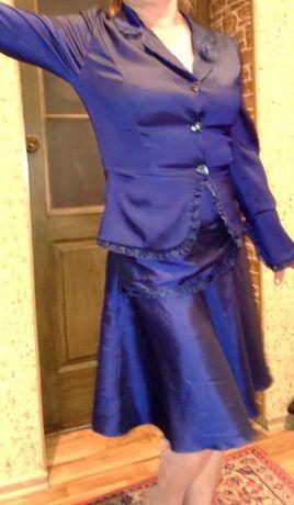 Костюм(блуза-пиджак,юбка)