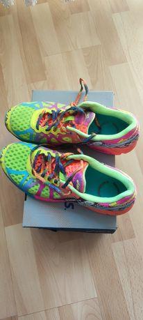 Asics gelNoosa TRI 42 jak nowe buty do biegania