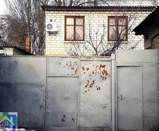 Сдаётся частный однокомнатный дом в центре (возле Шторма)