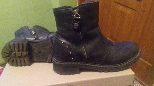 Buty buciki zimowe roz.34 na zimę ciepłe wysoka podeszwa