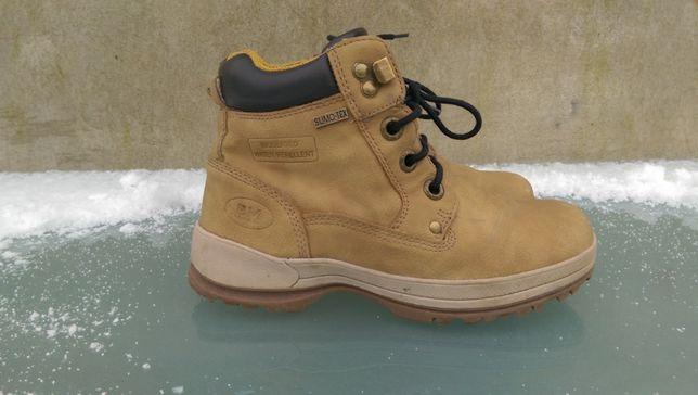 Buty BM Footwear roz.35 - ocieplane