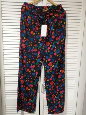NOWE (z metką) spodnie z TOP SECRET w rozmiarze 40