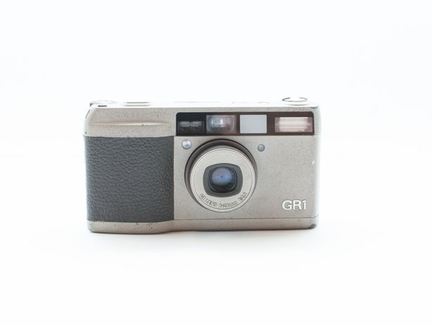 Ricoh GR1 - 28mm f/2.8 - aparat kompaktowy - zablokowana migawka