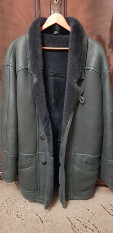 Продам зимню натуральную куртку(танкер)