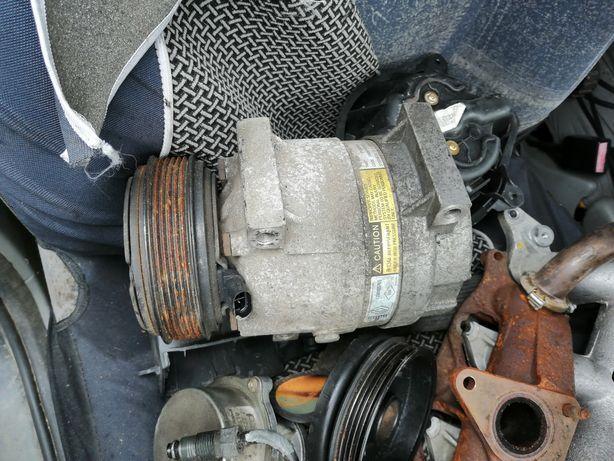 Kompresor sprężarka klimatyzacji Renault Scenic I lift 1.9dci