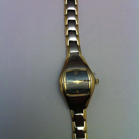Часы кварцевые женские Avon