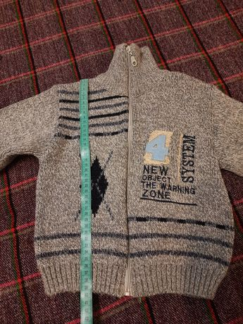Тёплый свитер для мальчика