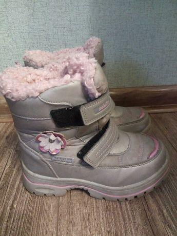 Зимове взуття,  гарний стан