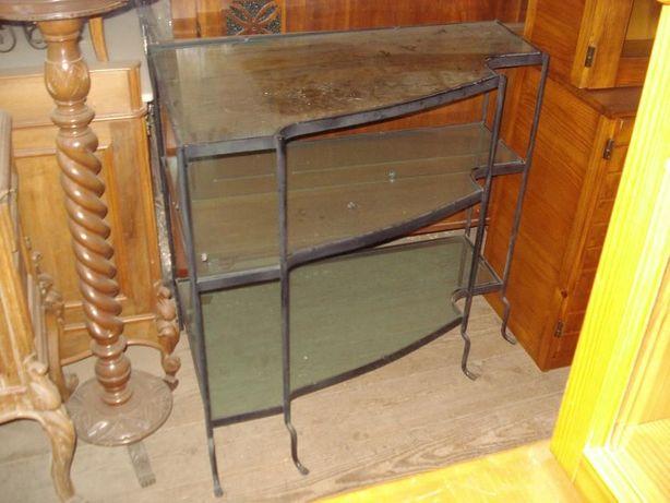 mesa de tv em ferro (peça unica)