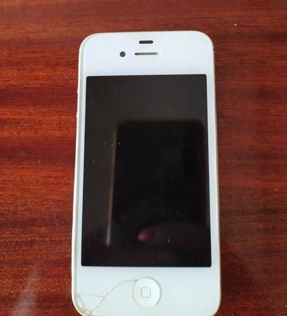 Продам на запчасти iPhone 4s/ 8 Gb. Срочно!