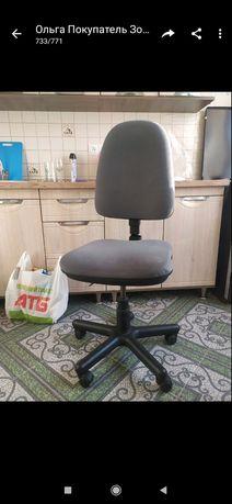 Стул кресло фиксируется высота