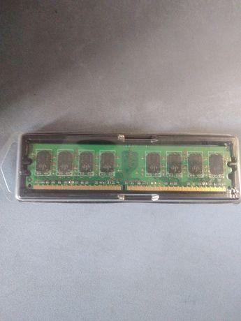 Оперативная память 2 Гб DDR2