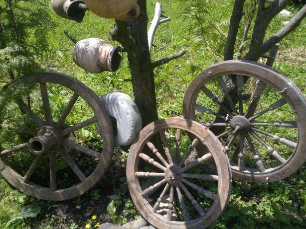продам старі предмети вжитку колеса врубелялопати гребені для декору