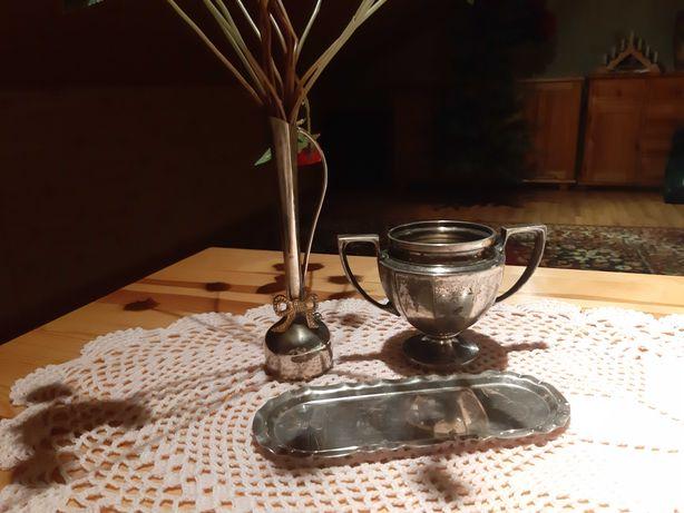Piękne srebrne dekoracje jeden antyk