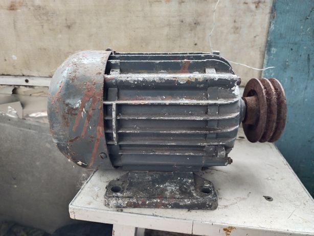 Двигатель 220 вольт