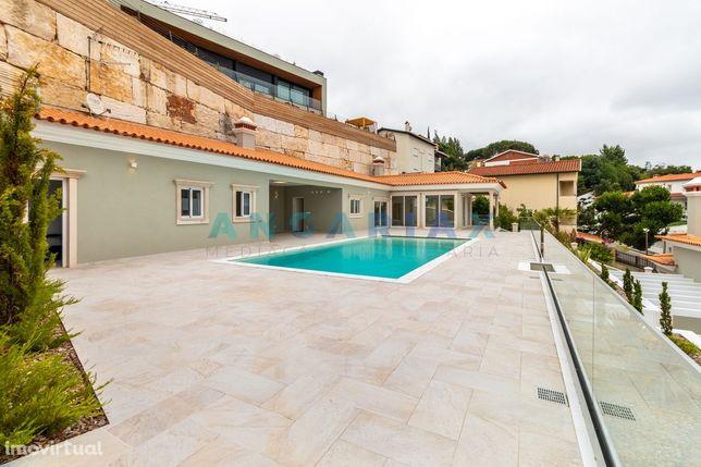 Moradia isolada 5 quartos com wc privativo piscina e garagem em Leiria