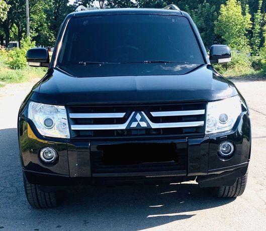 Продам Mitsubishi педжеро ВАГОН