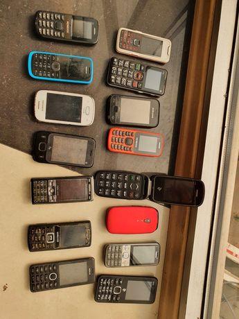 Лот 15 Телефонов кнопочные микс