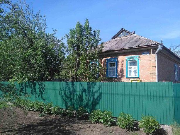 Продам дом из красного кирпича