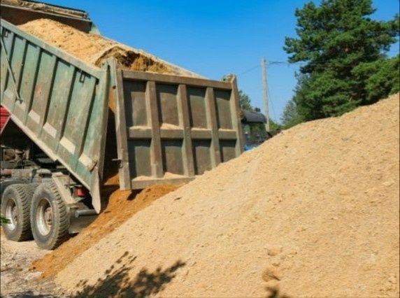 Piasek 22zł kopany budowlany zasypowy fundamentowy usługi koparką