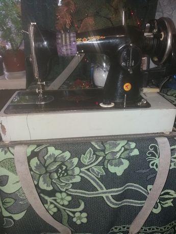 Швейная машинка.рабочая