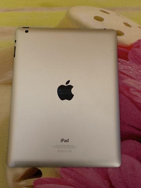 Продам Ipad 4 / 16 Gb  Apple