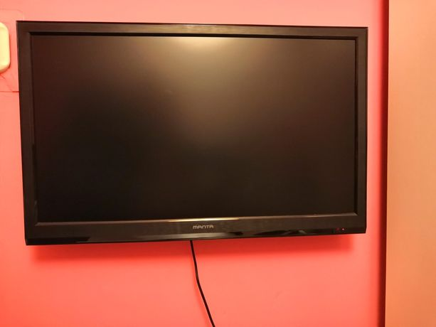 "Manta LED Tv 22"" Dvb-t MPEG4 +uchwyt"