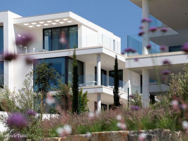 Apartamento top floor T2, Resort de luxo, Vila Nova de Ca...