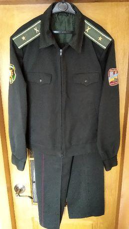 Форма армейская военна, куртка с брюками 48/4 легкое б/у.