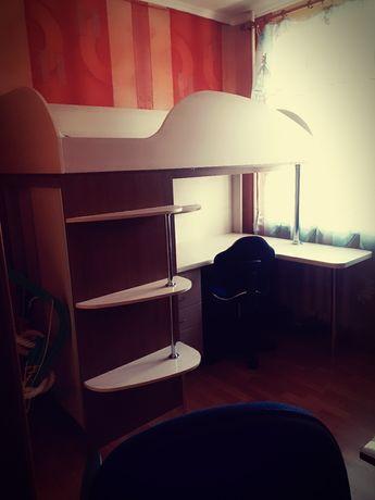 Кровать чердак. Детская комната