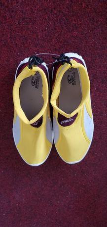 Акваобувь, защитная обувь для плавания, коралки, аквашузы, коралоходы
