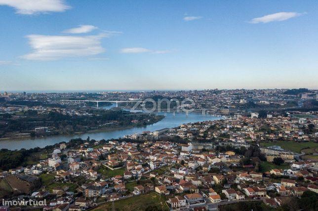 Terreno para construção em altura / Valbom Gondomar a 800 m Rio Dou...