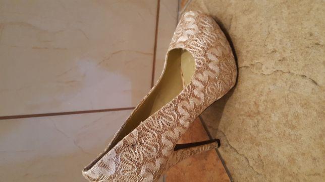 Złote buty37roz i 36