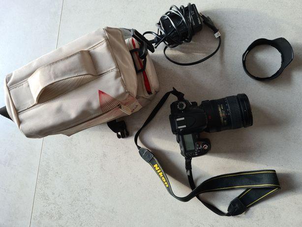 Aparat Nikon D 80 plus obiektyw Nikkor 18-200 3.5-5.6