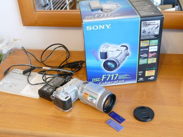 Aparat cyfrowy Sony DSC F717