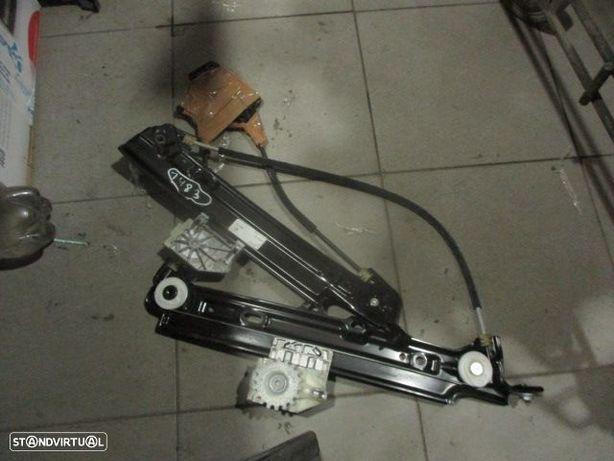 Elevador sem motor 7291421 BMW / F34 GT / 2014 / 5P / TE /
