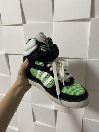 Новые кроссовки Adidas ориганал за 559 грн!