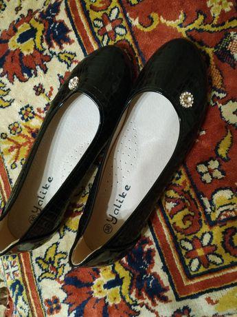 Продам туфлі жіночі
