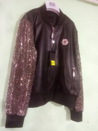 Куртка очень красивая ВЕСНА-ОСЕНЬ не подошёл размер Турция