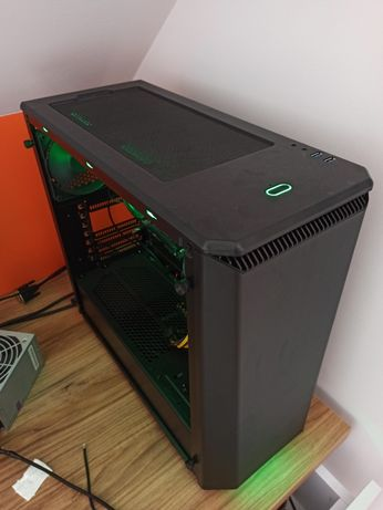 Komputer PC baza do gier Ryzen