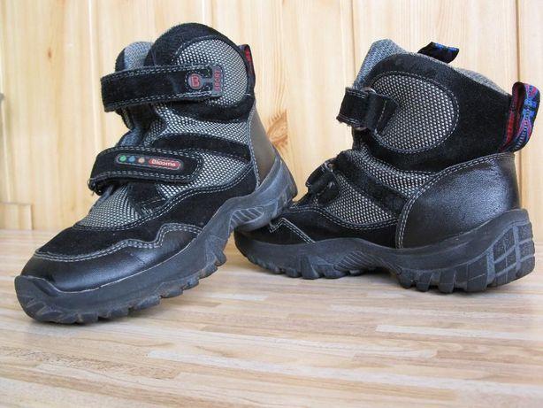 Продам детские ботинки BLOOMS
