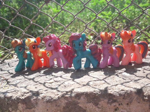 Продам игрушку мини пони.